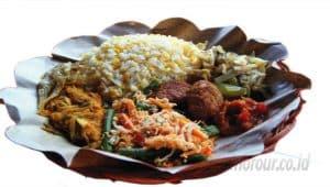 5 Makanan Khas Gunung Bromo