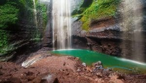 Pesona keindahan Air Terjun Madakaripura