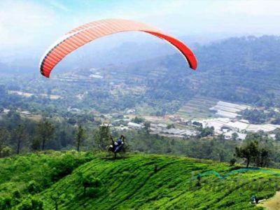 Wisata Paragliding di Bondowoso